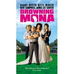 Drowning Mona (VHS)