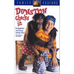 Dunston Checks In (VHS)